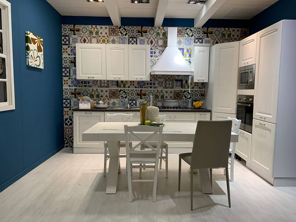 Cucine Con Angolo Cabina.Mobili In Promozione Euromobilia Quarto Napoli